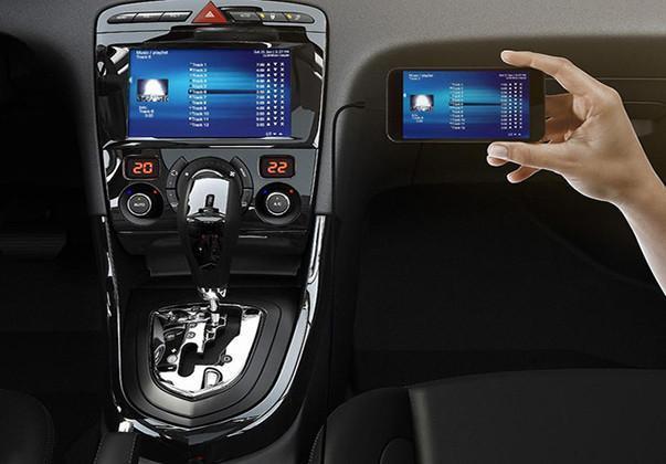 Novo Peugeot 308 com conectividade