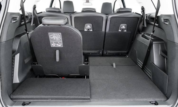 Peugeot 5008 - porta-malas chega a 2.150 litros