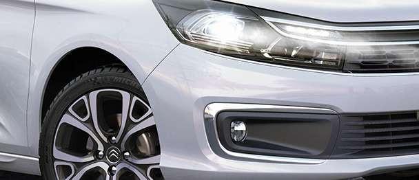 Detalhe do novo Sedan Citroën C4 Lounge