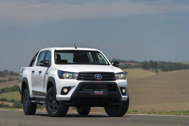 Toyota Hilux 2018 na estrada