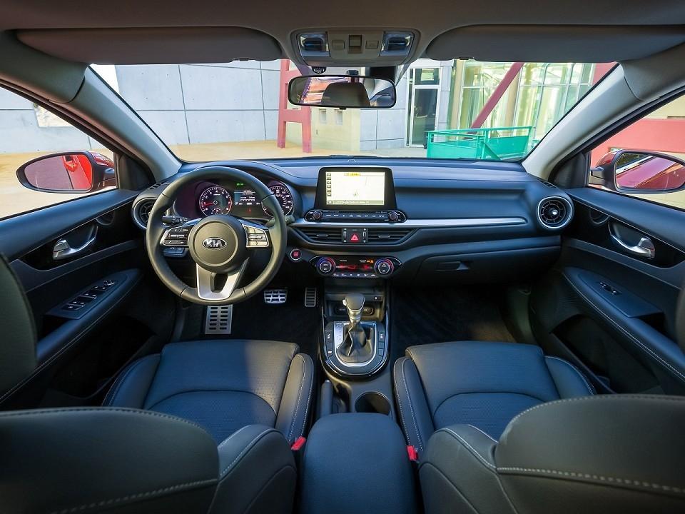 Kia Cerato 2019 - interior