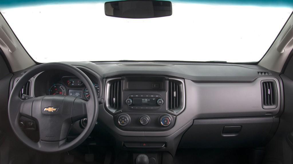 Chevrolet S10 Cabine Simples interior