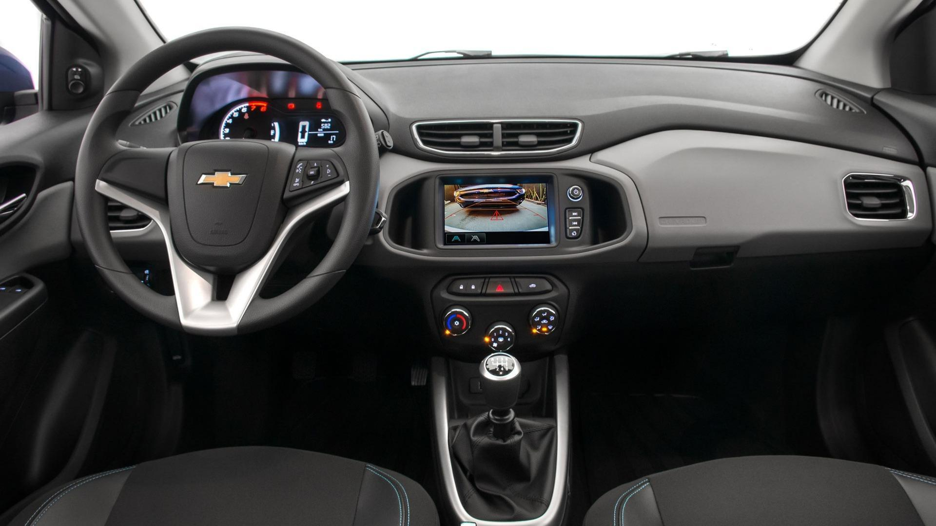 Interior do Chevrolet Onix