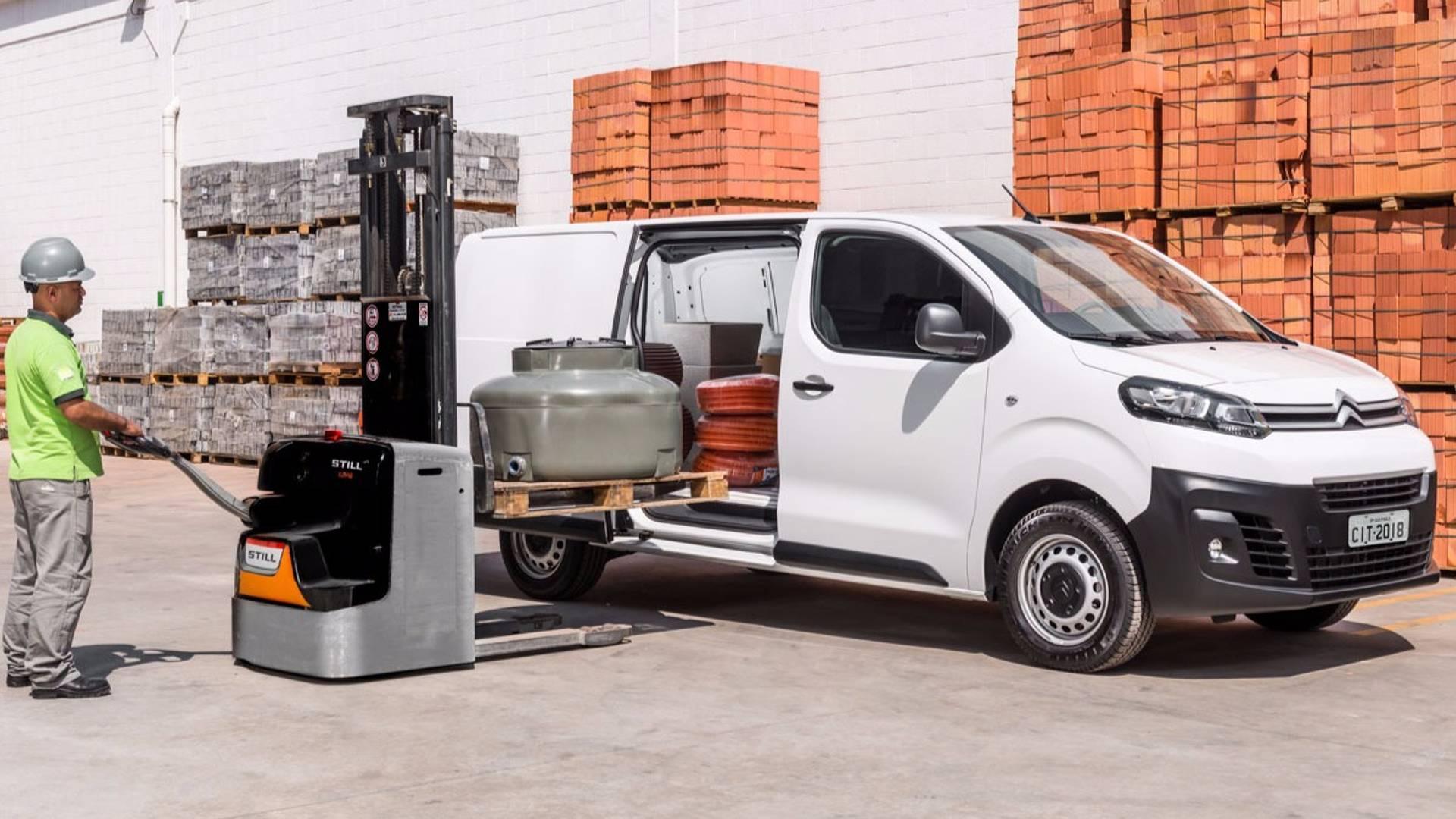 Novo Citroën Jumpy - compartimento de carga