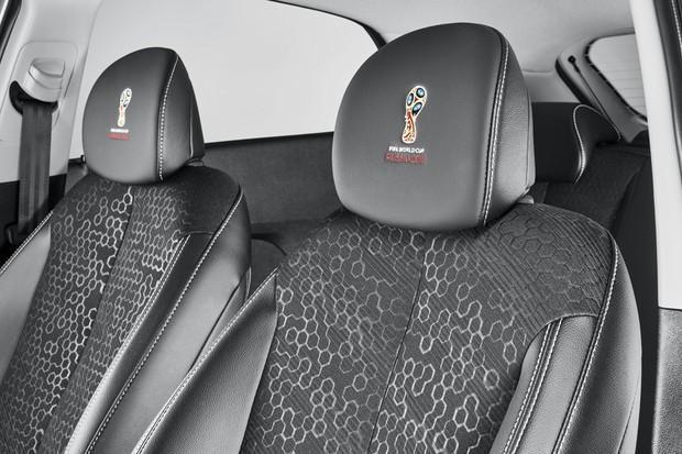 Novo Hyundai HB20 Copa do Mundo 2018 - interior