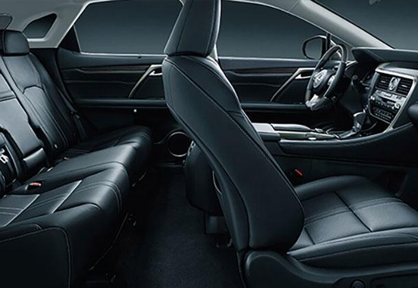 Lexus RX 350 - interior