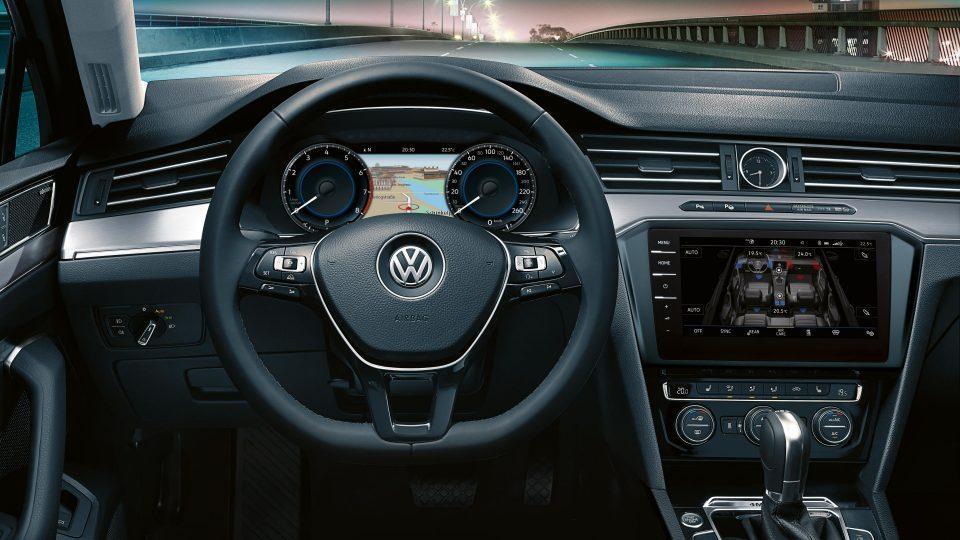 Interior do Volkswagen Passat 2018