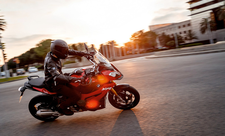 gallery-S 1000 XR-image-3