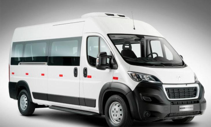 gallery-Boxer Minibus-image-4